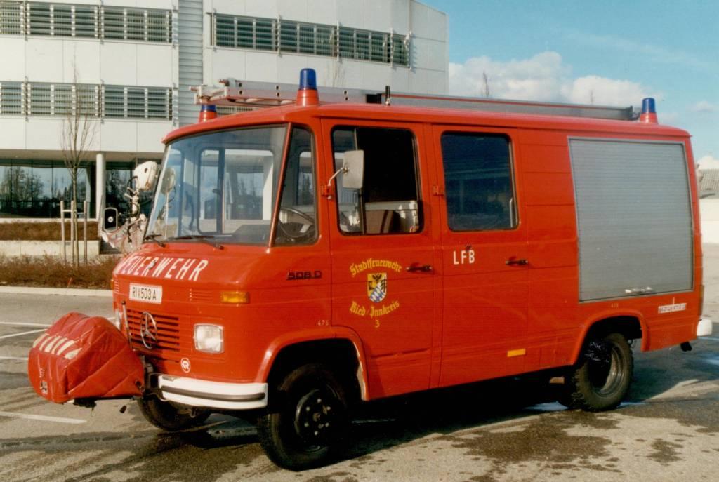 Löschfahrzeug mit Bergeausrüstung – LFB
