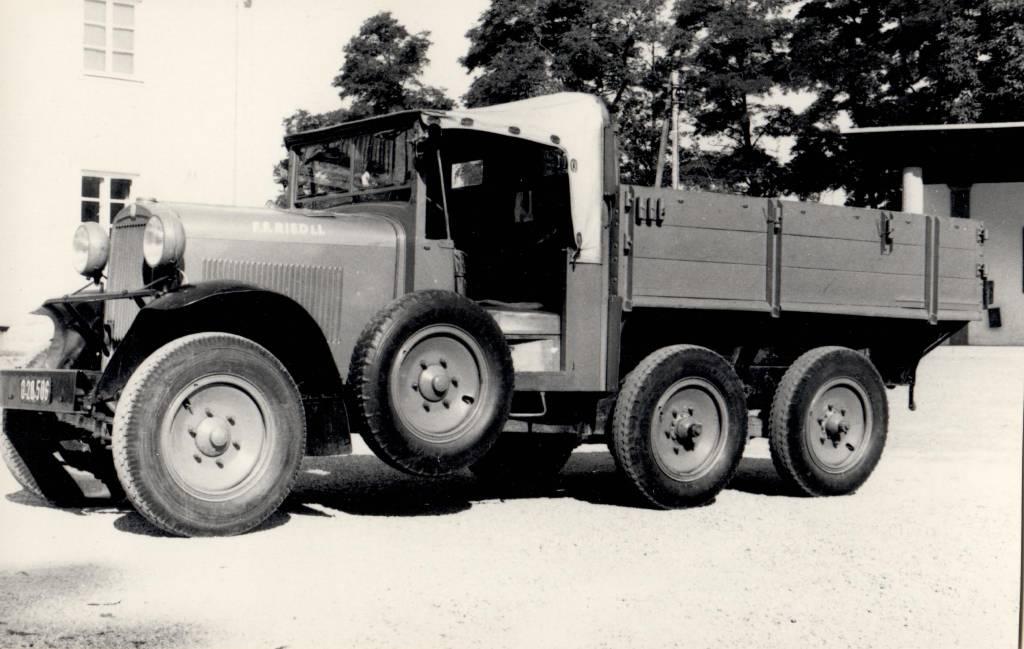 Rüst- & Gerätetransportfahrzeug